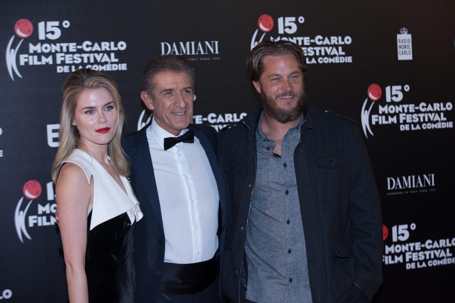 Ezio con Rachael Taylor e Travis Fimmel
