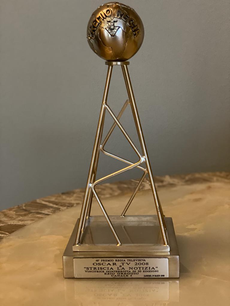 """Oscar Tv platino a """"Striscia la Notizia"""" vincitrice ininterrotta di 20 edizioni, San Remo 29 marzo 2008"""