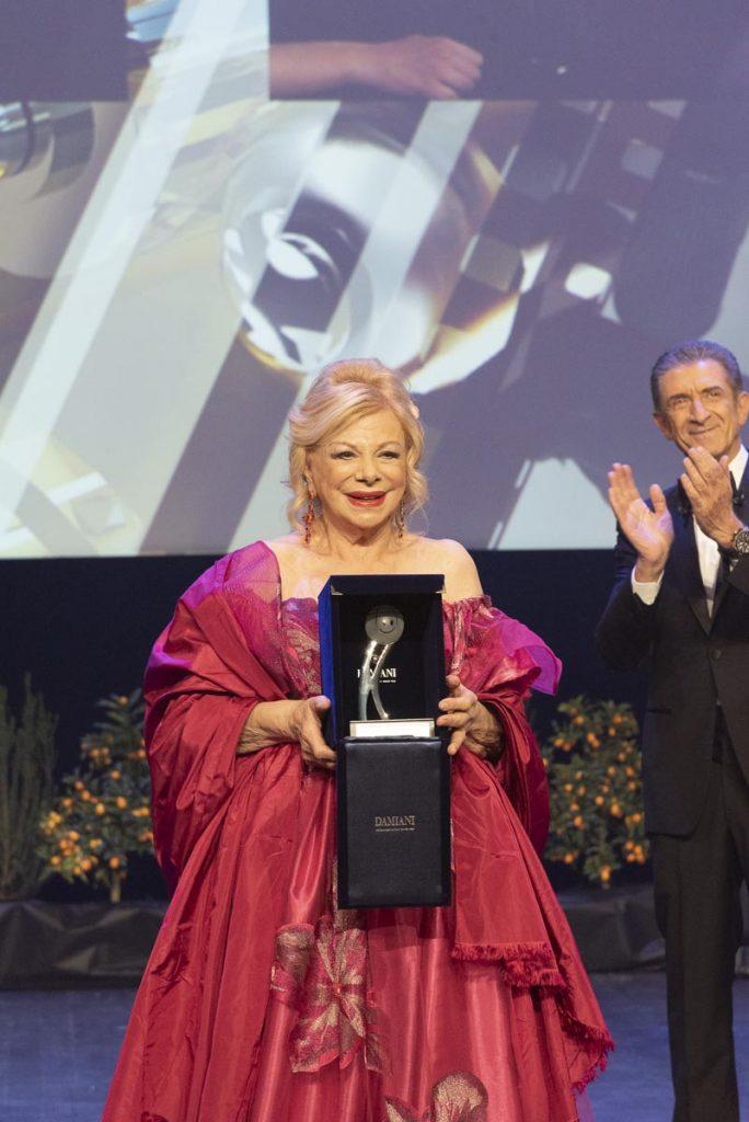 Premio alla carriera a Sandra Milo