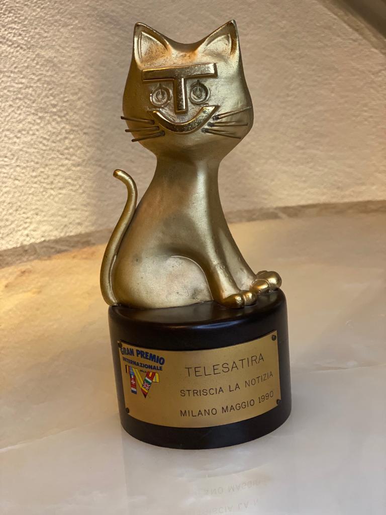 """Telegatto Telesatira """"Striscia la Notizia"""", Milano maggio 1990"""